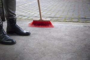 How to Mop the Concrete Floors
